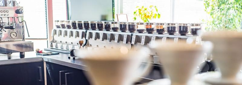 Cafe-Bar-Kaffee-Trinken